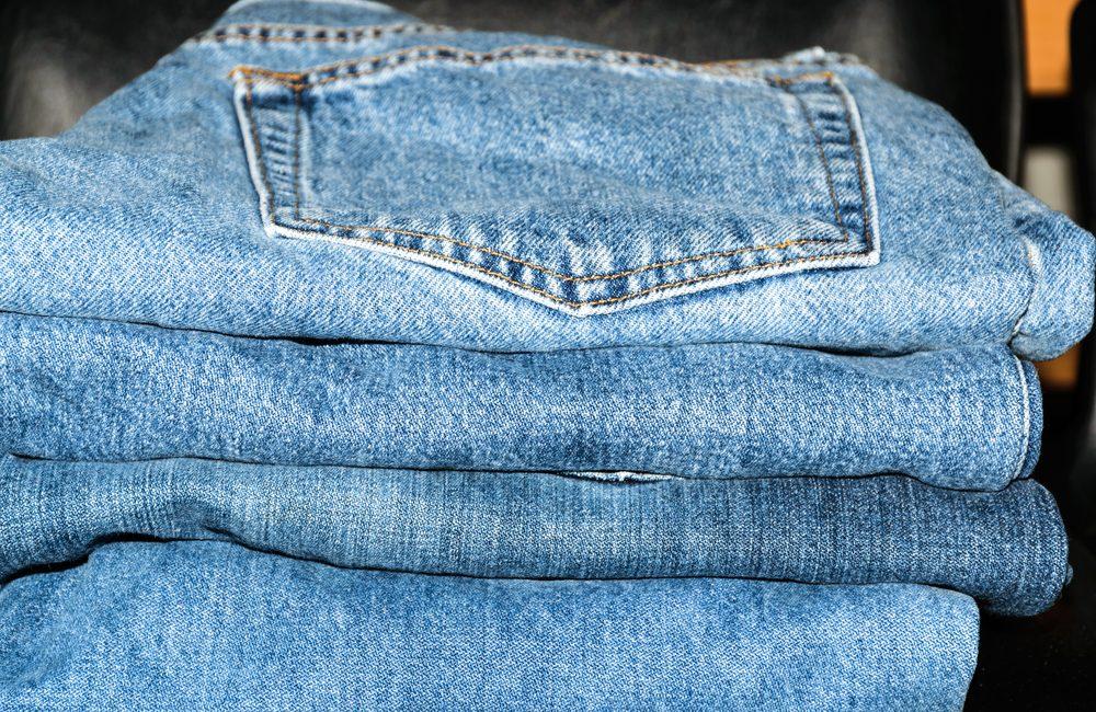 Vælg den rette farve jeans
